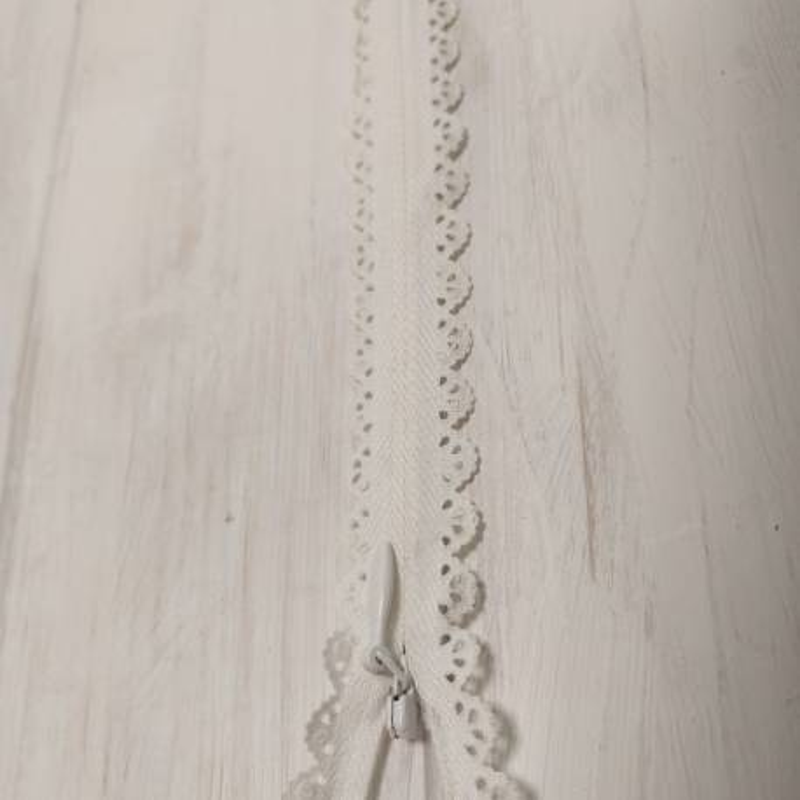 Cerniera Zip Invisibile con Pizzo da 40cm - Avorio