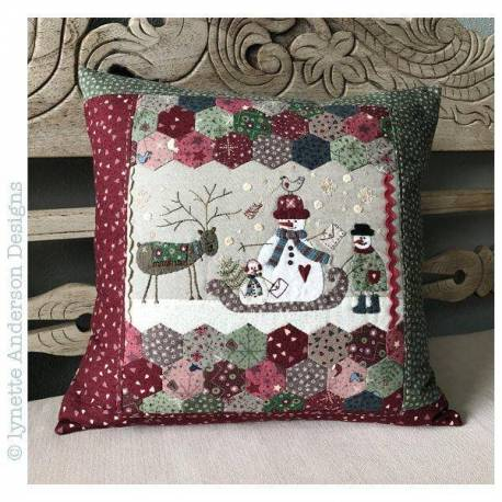 Frosty the Postman Pillow - Cartamodello Cuscino, Lynette Anderson