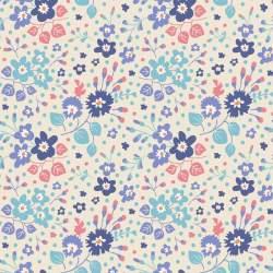 Tilda 110 PlumGarden, FLOWER CONFETTI BLUE fondo chiaro panna, piccoli fiori lilla, blu e foglie turquese e salmone
