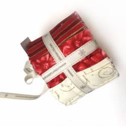 Jelly Roll con 20 Strisce di Tessuti di Natale, Rosso, Panna e Oro