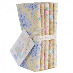 Tilda Happy Campers Fat Quarter Bundle 5 fabrics, 50x55cm Honey