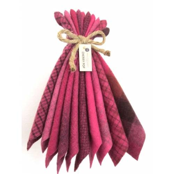Lana Tinta a Mano 4.5 x 5.5 pollici, Rosso Ciliegia - Mary Flanagan Wool