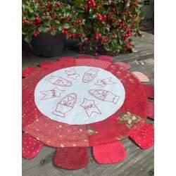 Kit Centro Tavola Round Table Topper, dal libro Cottage-Style Charm di Natalie Bird